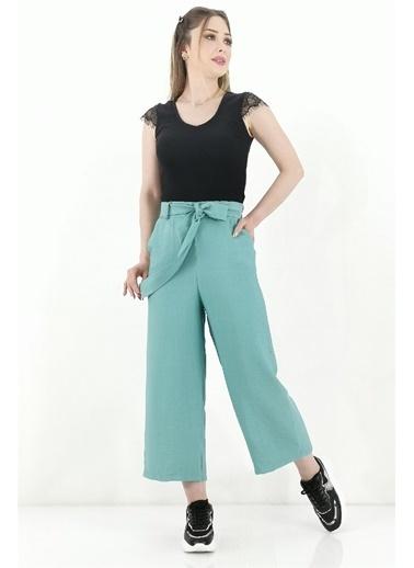 Butikburuç Bağlama Kemerli Kadın Pantolon - Taba Yeşil